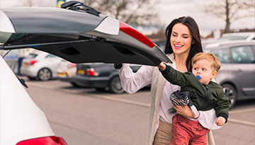 woman-and-toddler-in-car-park
